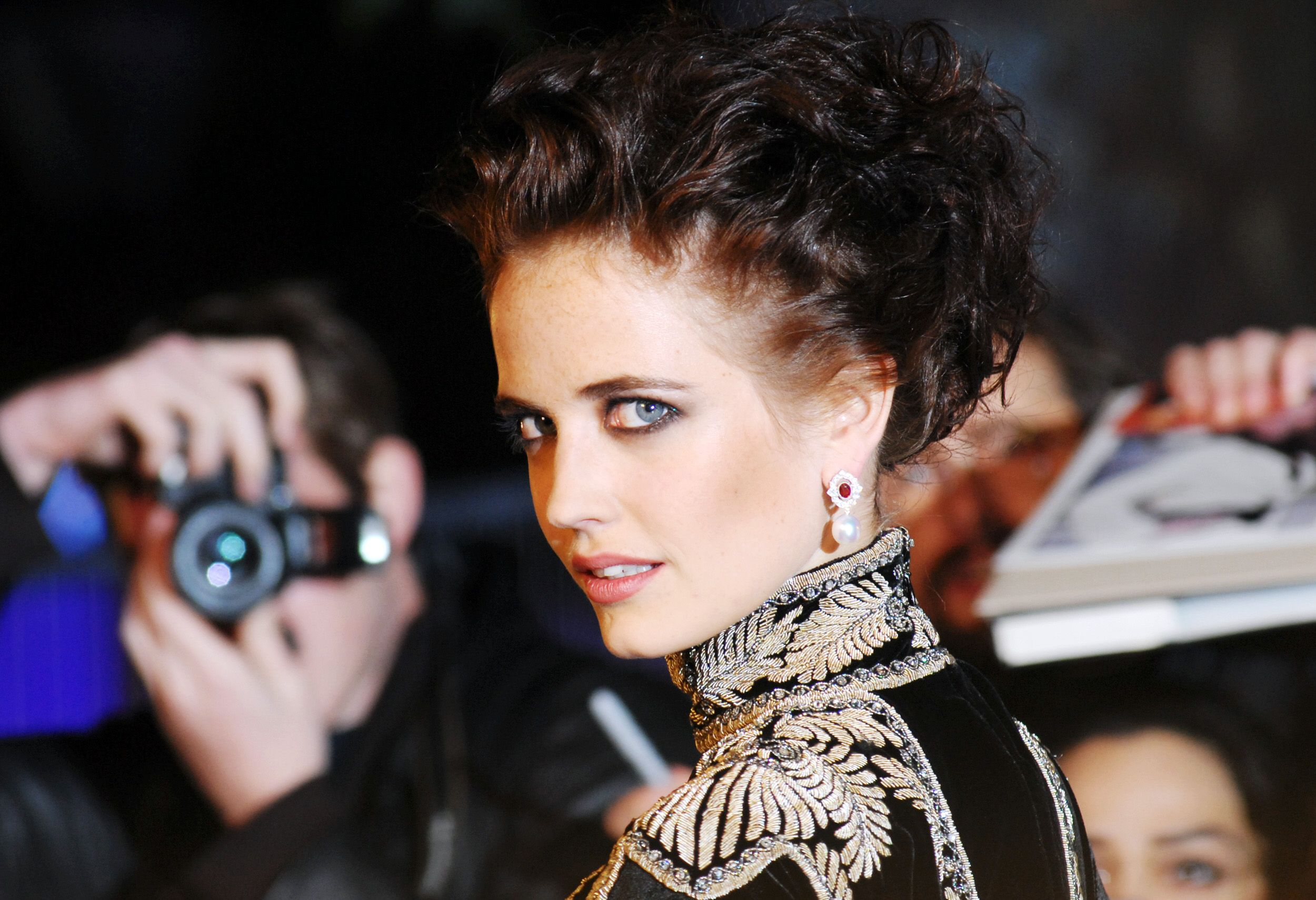 Eva Green Could Be Up For A 'Bond 25' Cameo (Under One Condition)