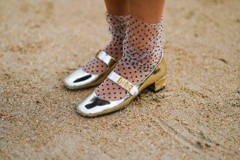 μοντέρνα παπούτσια