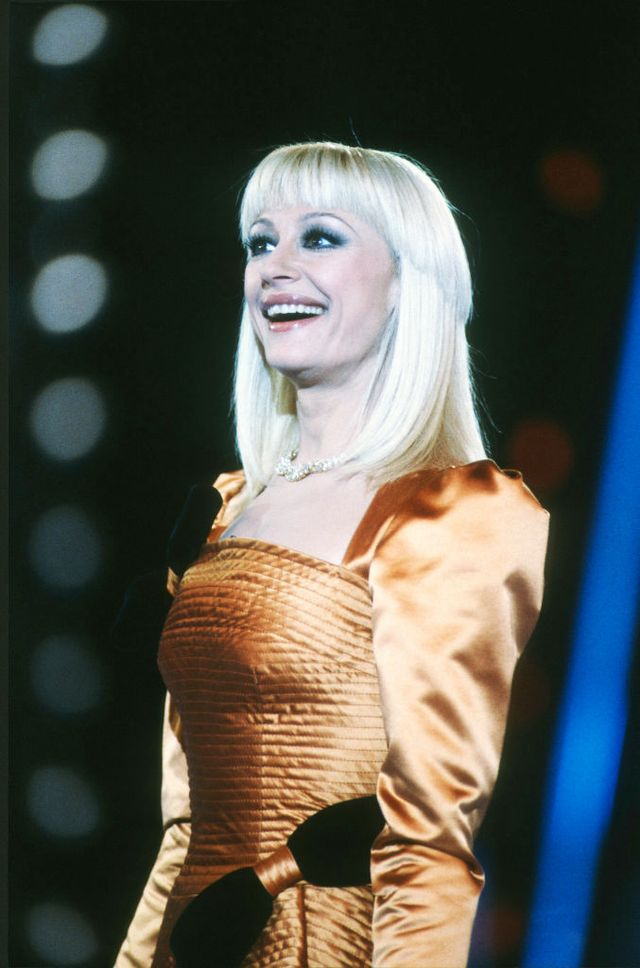 italian television presenter and singer raffaella carrà on stge during a television show, milan, italy, 2nd january 1988 photo by leonardo cendamogetty images