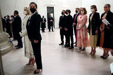 See Jill Biden And Biden Family S Outfits For Inauguration Night