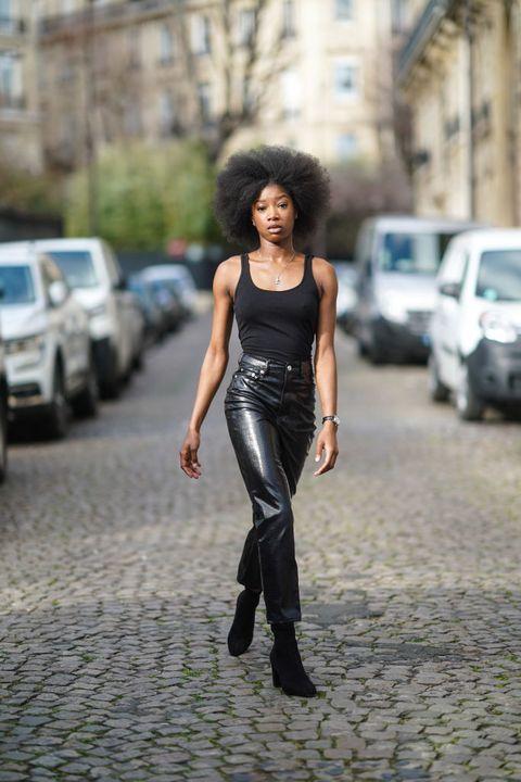 pantaloni pelle moda primavera estate 2021