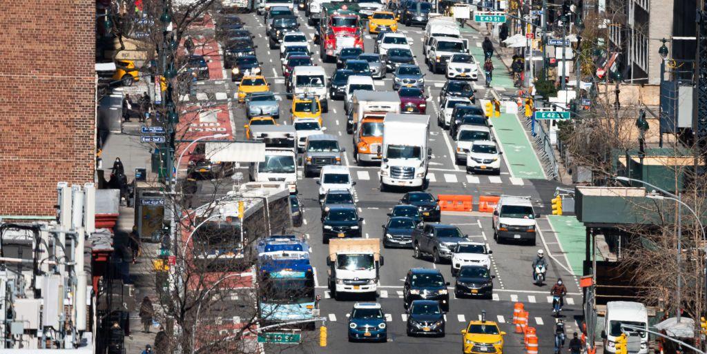 California Senators Push Biden to Set End Date for Gasoline-Car Sales