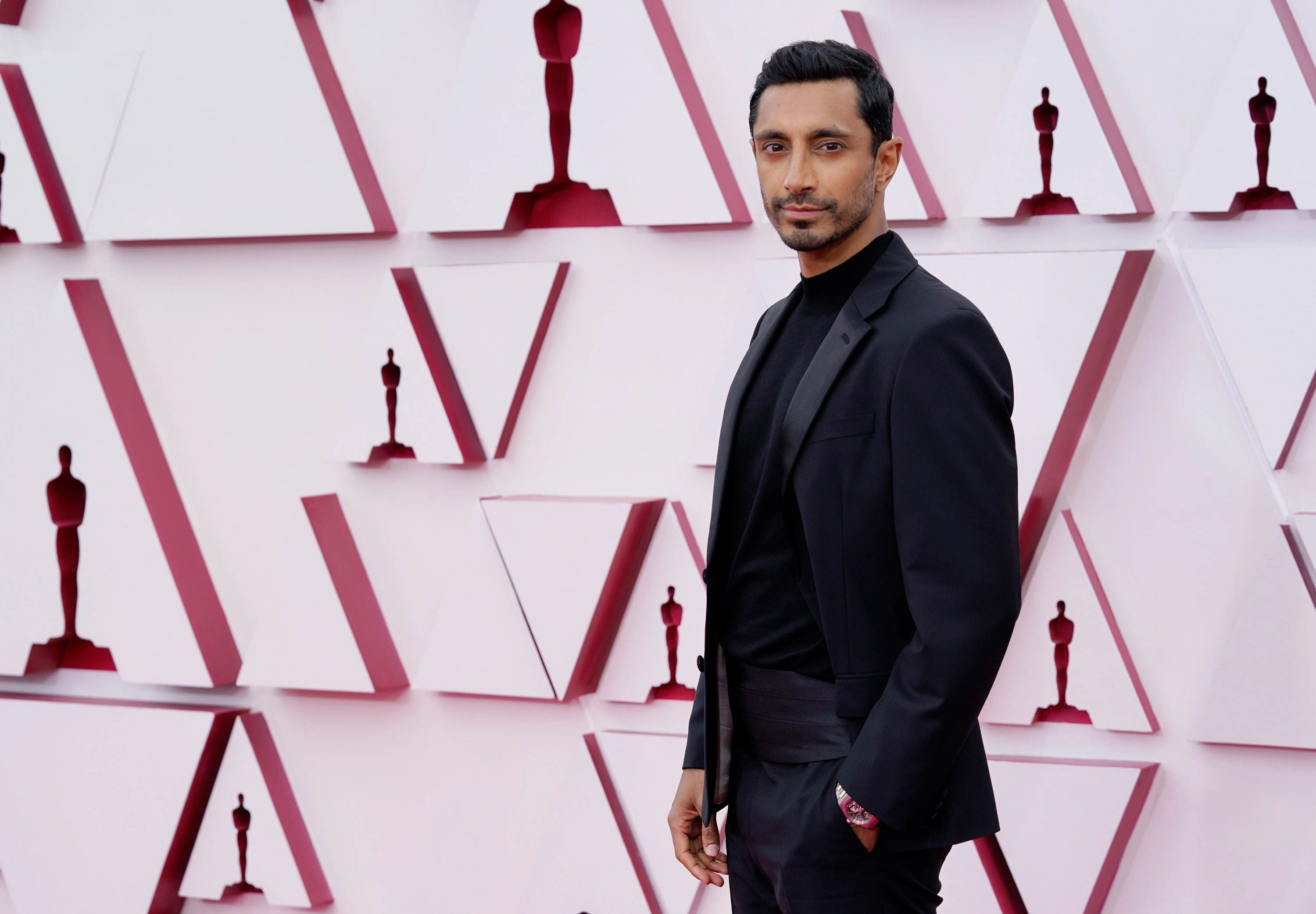 The Best Dressed Men at the 2021 Oscars Brought a Little Excitement Back to the Red Carpet