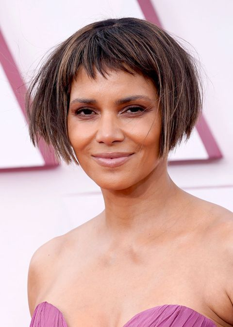 los angeles, california – april 25 halle berry arrives at the oscars on sunday, april 25, 2021, at union station in los angeles photo by chris pizzello poolgetty images