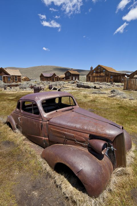Motor vehicle, Classic, Vintage car, Vehicle, Natural environment, Car, Rust, Antique car, Classic car, Landscape,