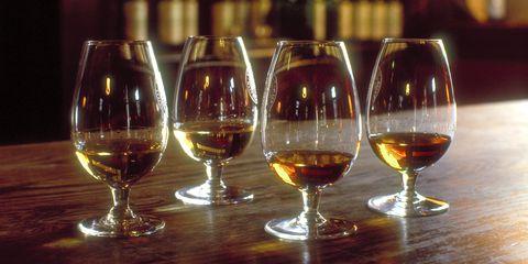 Alcoholic beverage, Distilled beverage, Drink, Stemware, Wine glass, Alcohol, Drinkware, Snifter, Liqueur, Glass,