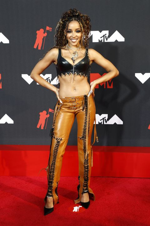 new york, new york   september 12 tinashe attends the 2021 mtv video music awards at barclays center on september 12, 2021 in the brooklyn borough of new york city photo by astrid stawiarzwireimage,