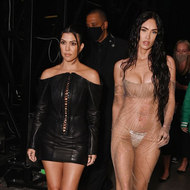 new york, new york   september 12 l r kourtney kardashian and megan fox attend the 2021 mtv video music awards at barclays center on september 12, 2021 in the brooklyn borough of new york city  photo by bryan beddermtv vmas 2021getty images for mtvviacomcbs