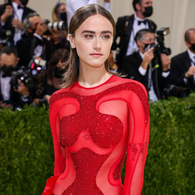 new york, new york   september 13 ella emhoff attends the 2021 met gala celebrating in america a lexicon of fashion at metropolitan museum of art on september 13, 2021 in new york city photo by theo wargogetty images