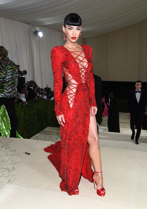 new york, new york   september 13 megan fox attends the 2021 met gala celebrating in america a lexicon of fashion at metropolitan museum of art on september 13, 2021 in new york city photo by kevin mazurmg21getty images for the met museumvogue