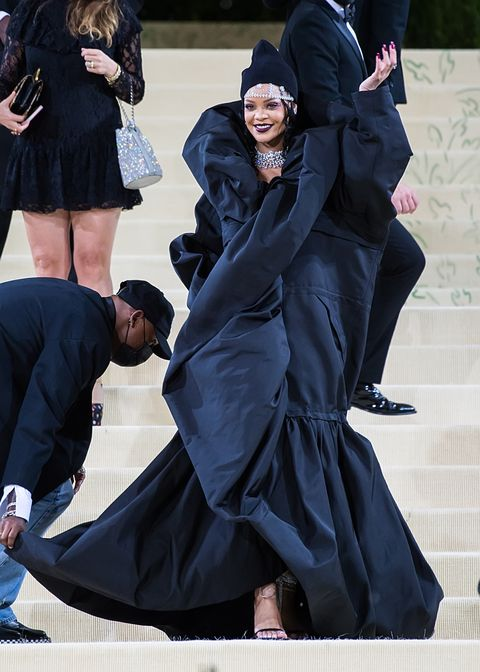 new york, new york   september 13 singer rihanna attends the 2021 met gala celebrating in america a lexicon of fashion at the metropolitan museum of art on september 13, 2021 in new york city photo by gilbert carrasquillogc images