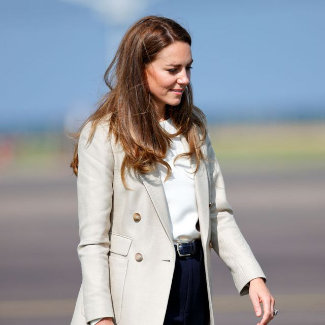 brize norton, united kingdom   september 15 embargoed for publication in uk newspapers until 24 hours after create date and time catherine, duchess of cambridge arrives to meet those who supported the uks evacuation of civilians from afghanistan at raf brize norton on september 15, 2021 in brize norton, england operation pitting, the largest humanitarian aid operation for over 70 years, ran between 14th and 28th august, where in excess of 15,000 people were flown out of kabul by the royal air force photo by max mumbyindigogetty images