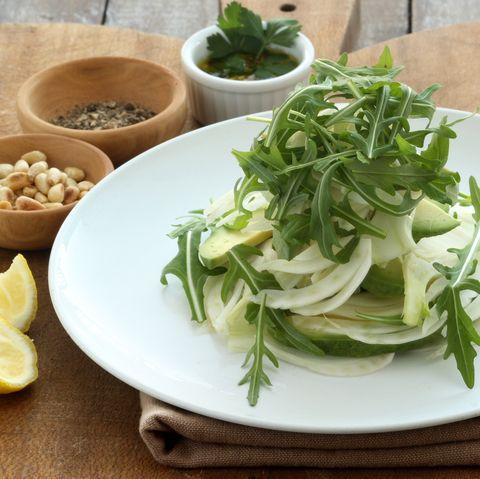 Venkelsalade met rucola en pistache