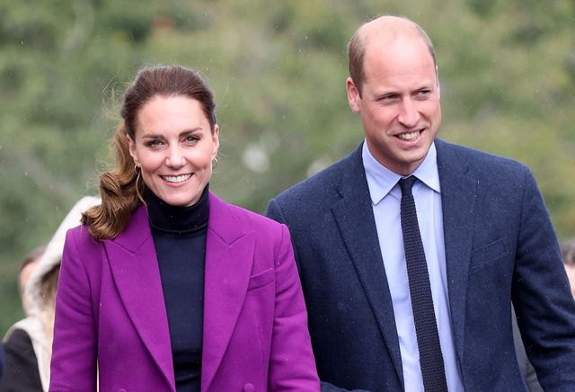londonderry, northern ireland   september 29 catherine, duchess of cambridge and prince william, duke of cambridge visit the ulster university magee campus on september 29, 2021 in londonderry, northern ireland photo by chris jacksongetty images