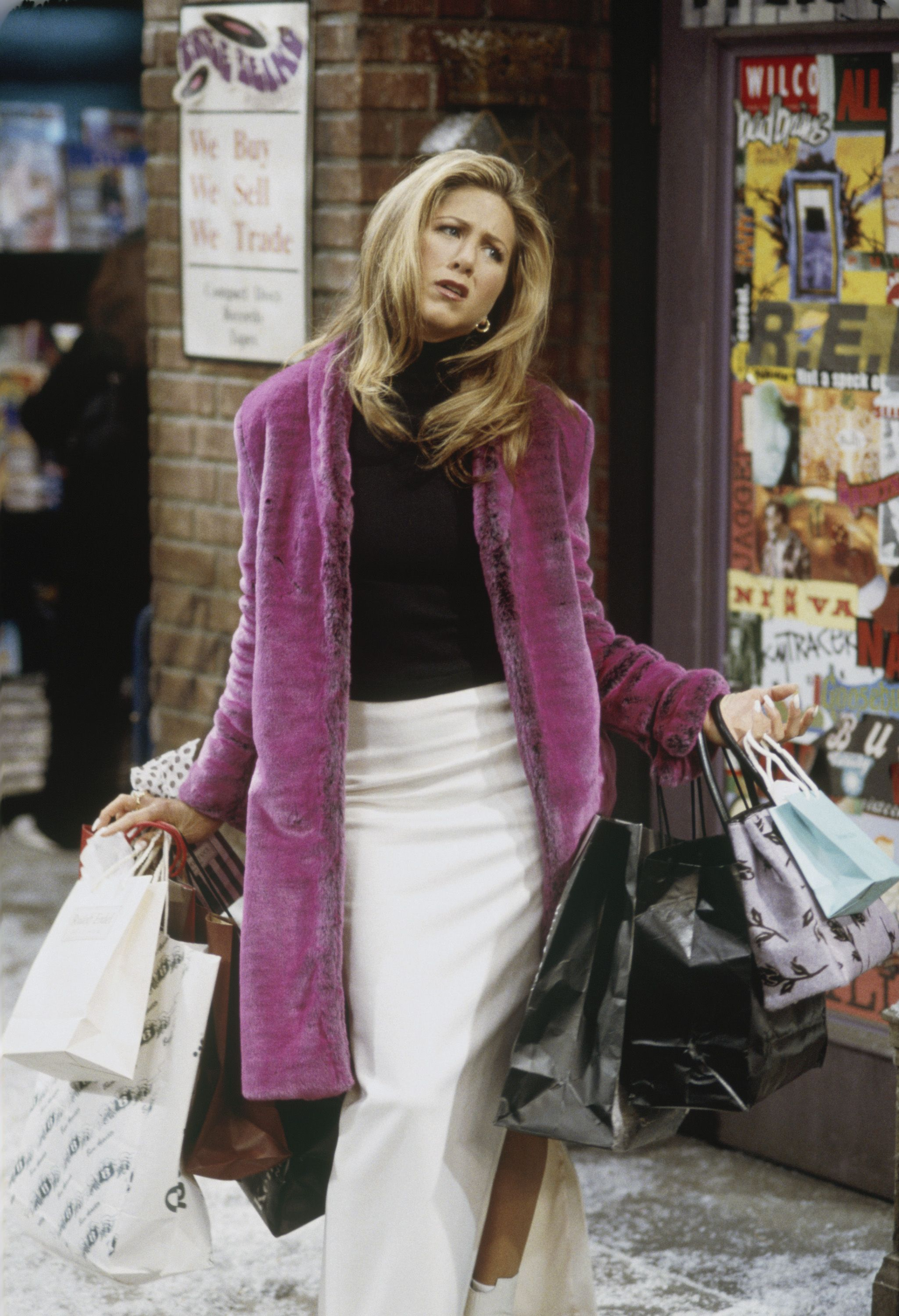 The 30 Best 'Friends' Outfits | Iconic Clothes From Monica