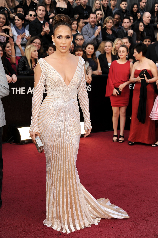 c9e0ec191a8b Jennifer Lopez Style Photos - 25 Best J-Lo Outfits of All Time
