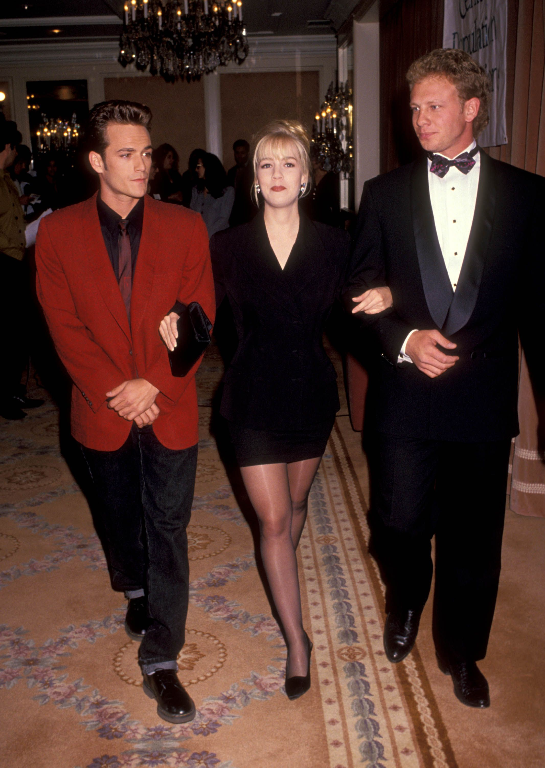 Perry, Jennie Garth, and Ian Ziering attend the 7th Annual Nancy Susan Reynolds Awards at the Regent Beverly Wilshire Hotel in 1991.