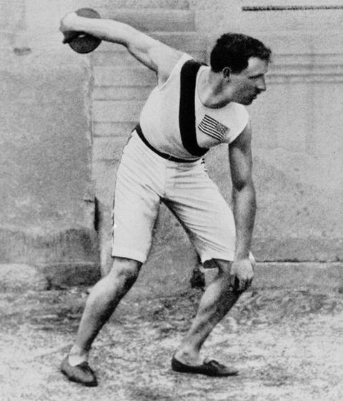 robert garrett usa wins the gold in the discus at the 1896 athens olympics