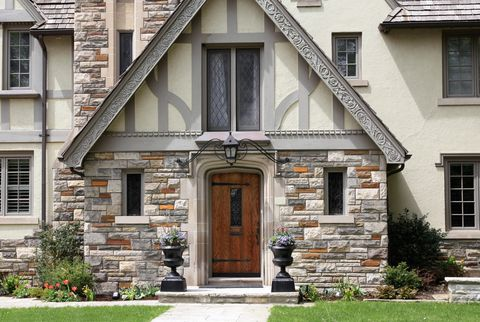 What Is A Tudor Style House The Characteristics Of