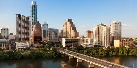 Metropolitan area, Cityscape, City, Urban area, Skyline, Skyscraper, Metropolis, Daytime, Tower block, Human settlement,