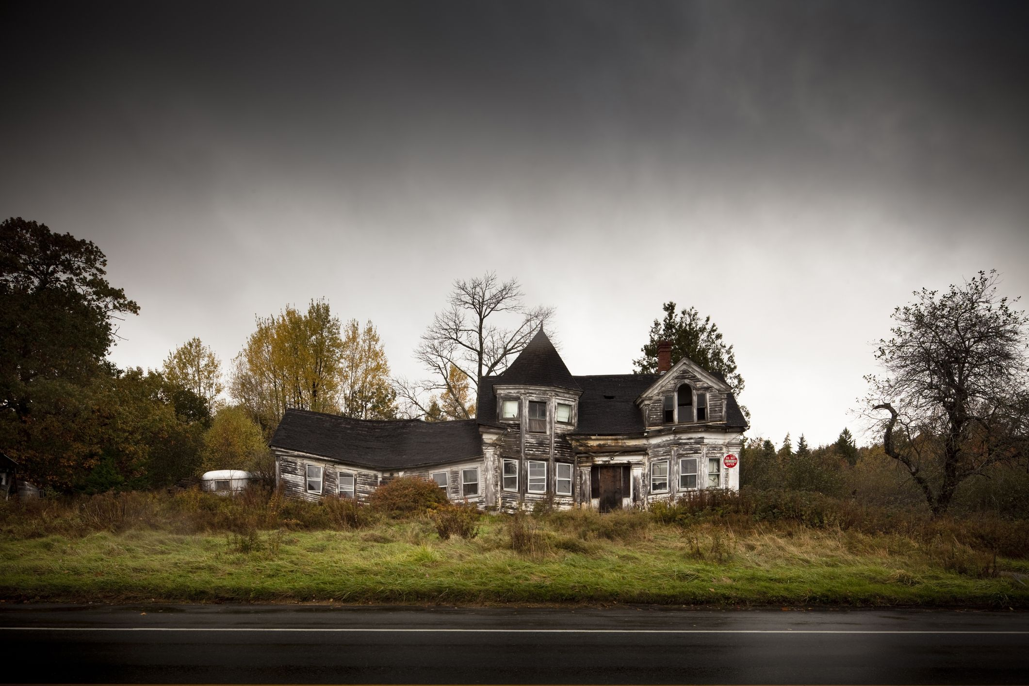 This Is the Best Haunted House in Your State