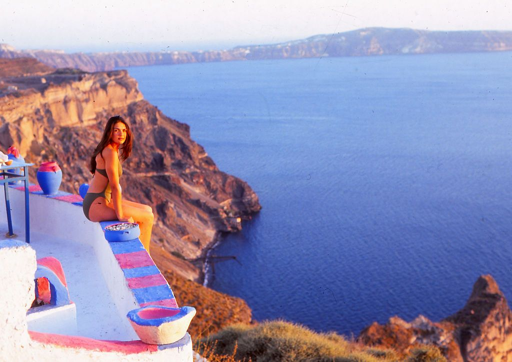 What to Wear When Exploring the Seaside Villages of Crete