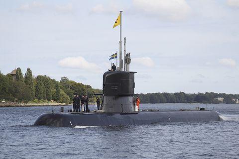 Vehicle, Submarine, Ballistic missile submarine, Watercraft, Cruise missile submarine, Boat, River monitor, Navy, Battleship, Gunboat,