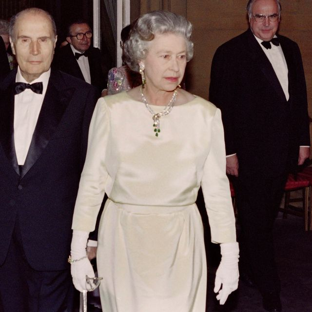 This Unearthed Video of the Royals Socializing at a G7 Cocktail Reception in 1991 Is Fascinating