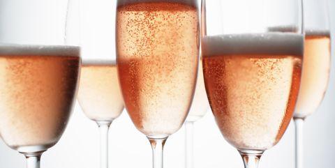 Drink, Champagne stemware, Champagne cocktail, Alcoholic beverage, Stemware, Drinkware, Beer glass, Wine, Champagne, Wine cocktail,
