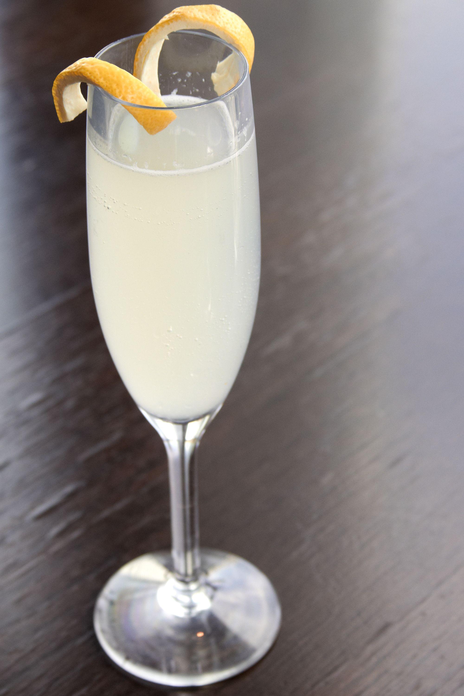 16 Best Champagne Cocktails - Sparkling Wine Drink Recipes