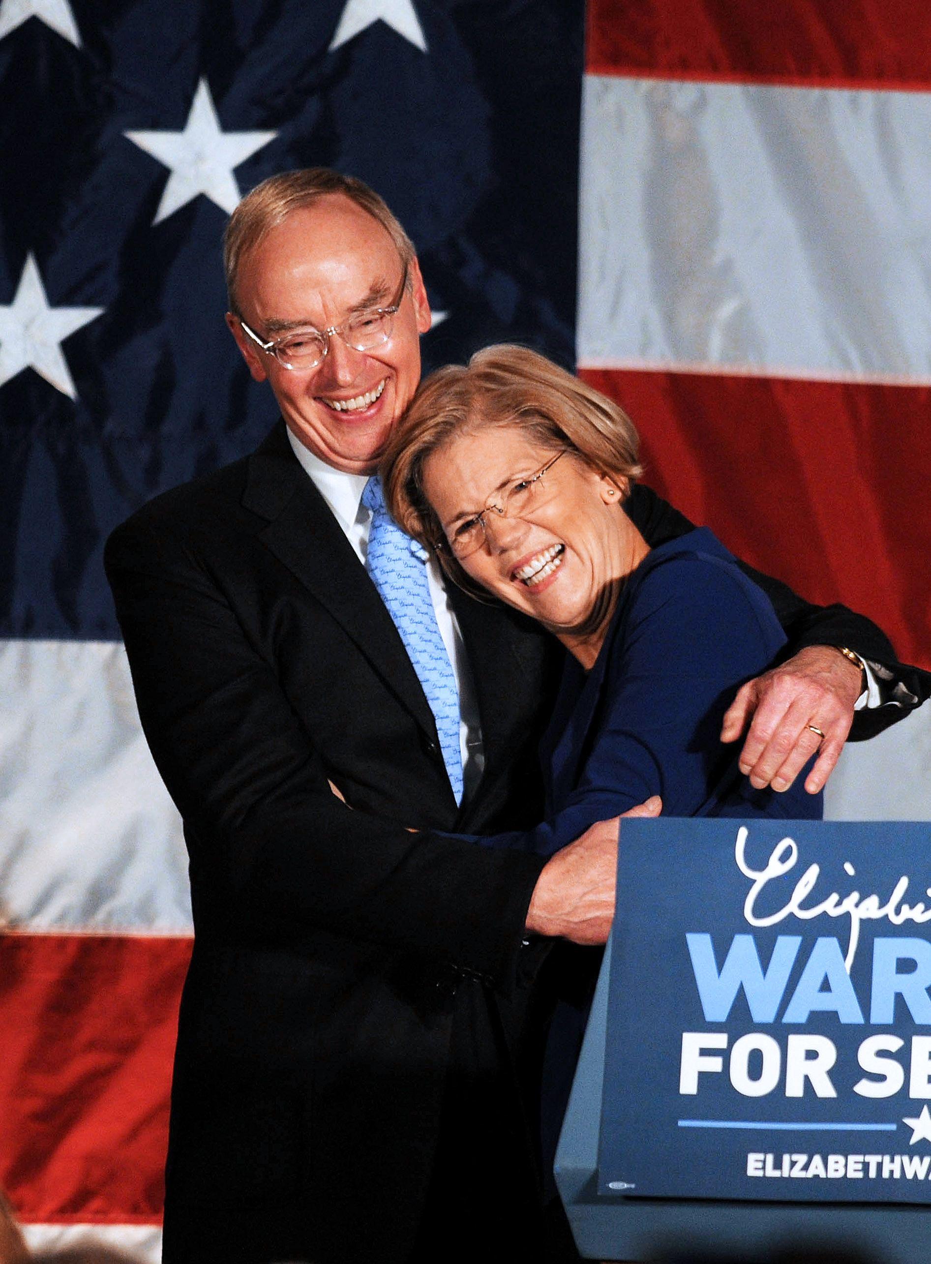 Bruce Mann, Elizabeth Warren's Husband, Is Low-Key But Incredibly Supportive