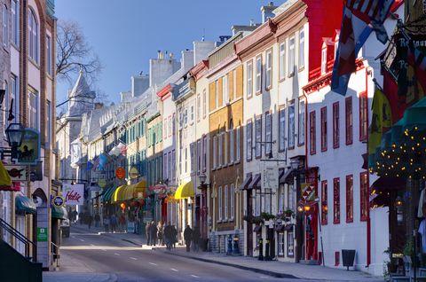 Neighbourhood, Town, Urban area, Street, City, Human settlement, Downtown, Building, Daytime, Architecture,