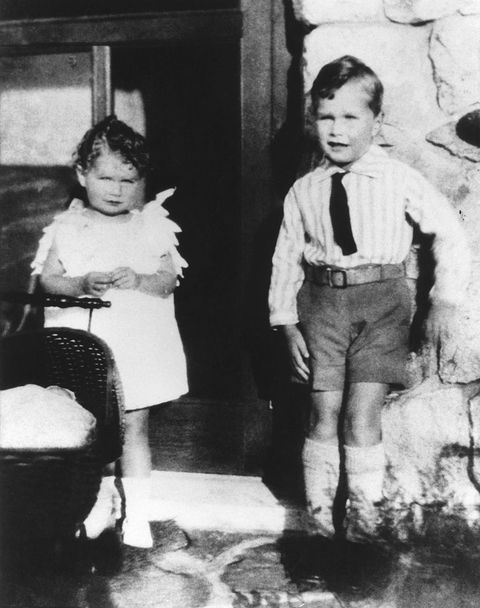 young george h w bush with sister