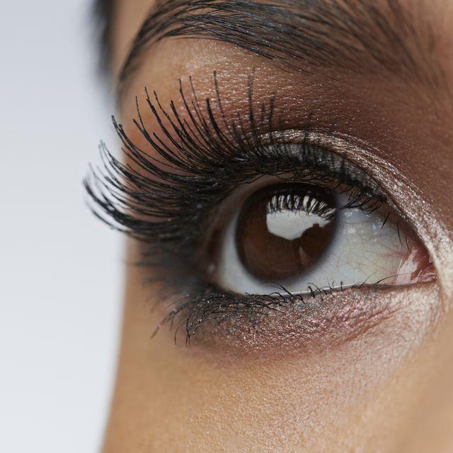 Eyelash, Eyebrow, Eye, Face, Skin, Close-up, Organ, Cosmetics, Iris, Eyelash extensions,