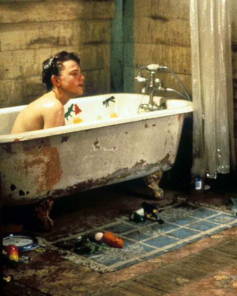 35 Celebrity Bath Tub Moments Iconic Photographs Of Celebs