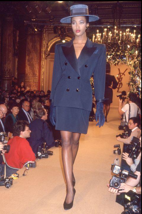 Fashion, Fashion show, Runway, Clothing, Fashion model, Fashion design, Event, Public event, Haute couture, Outerwear,