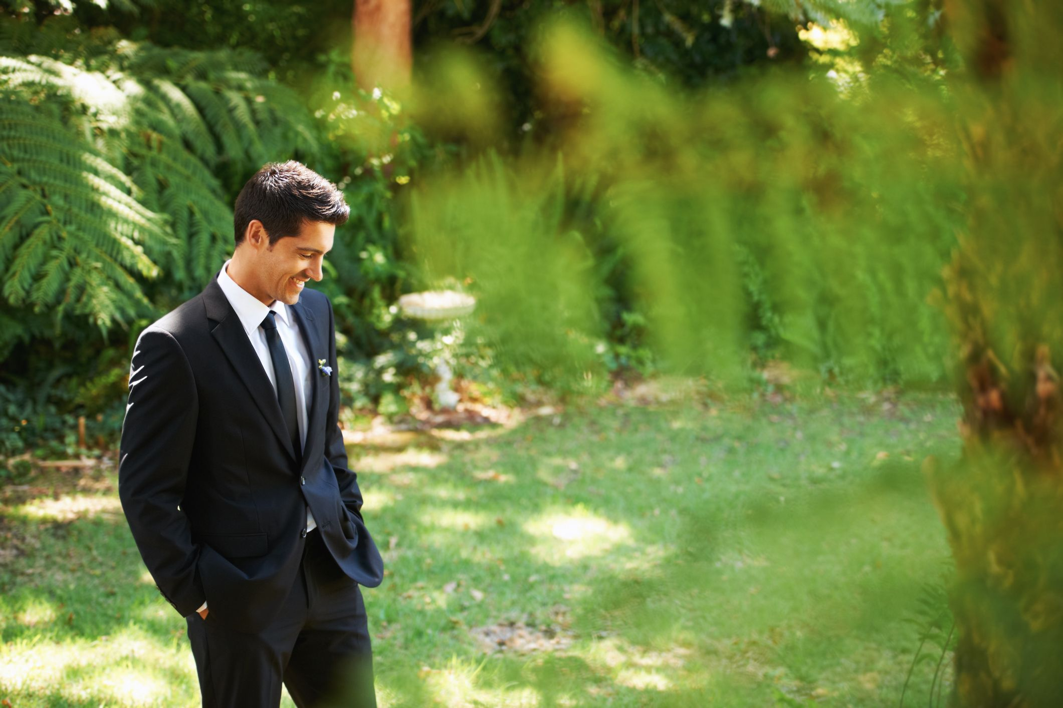 Here's What Guys Should Wear to Every Kind of Summer Wedding