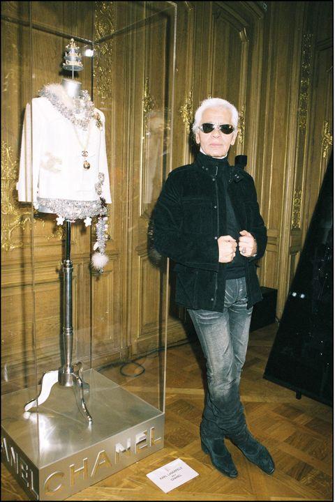 Outerwear, Fashion, Jacket, Mannequin, Eyewear, Fashion design,