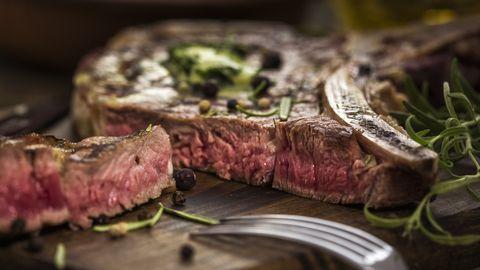 Dish, Food, Flat iron steak, Cuisine, Beef tenderloin, Rib eye steak, Steak, Kobe beef, Roast beef, Meat,