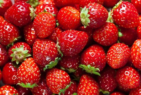 Natural foods, Strawberry, Berry, Strawberries, Fruit, Frutti di bosco, Food, Plant, West Indian raspberry , Local food,