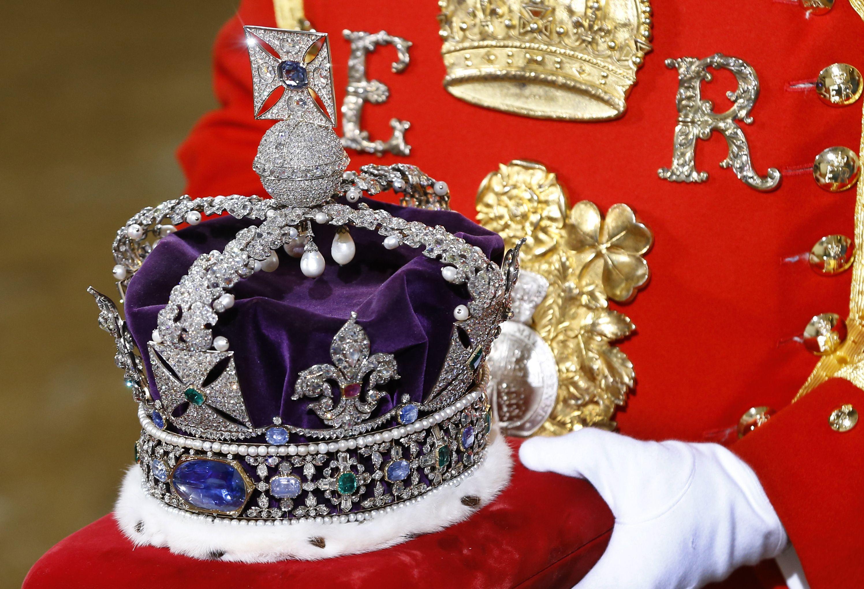 英國女王,女王珠寶,帝國王冠