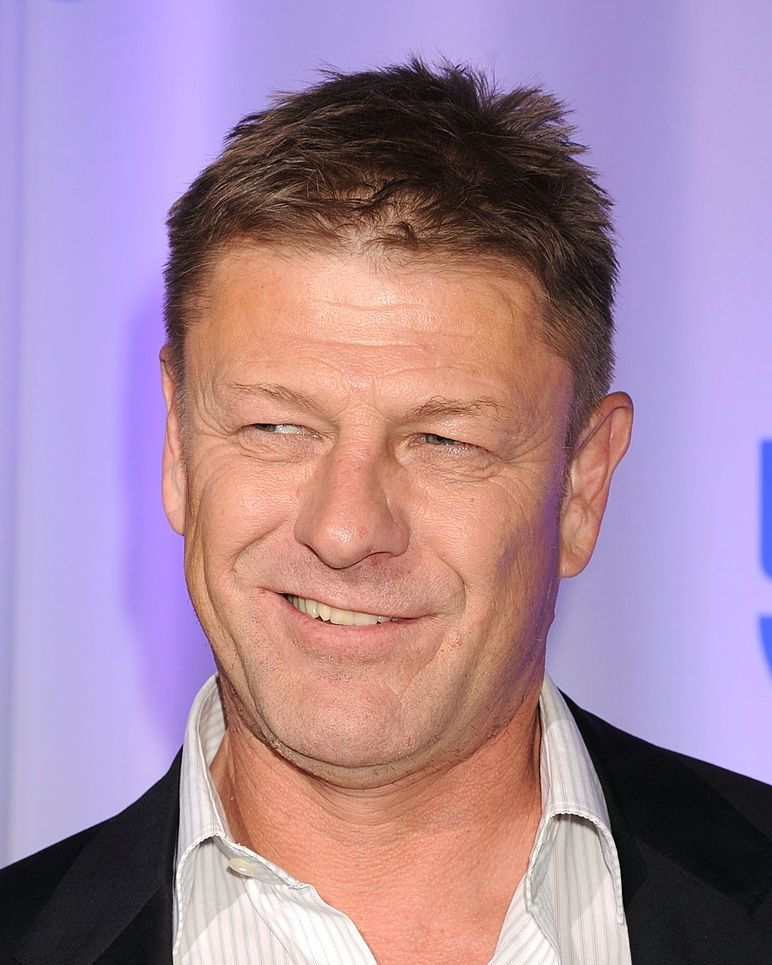 Sean Bean (without beard) Book Ned Stark is only 35, but sports a trimmed, graying beard.