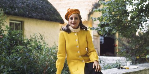 Yellow, Snapshot, Fashion, Outerwear, Jacket, Street fashion, Headgear, Textile, Coat, Winter,