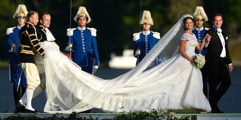 Best Time To Have A Wedding: 26 Of The Best Royal Wedding Gowns Of All Time