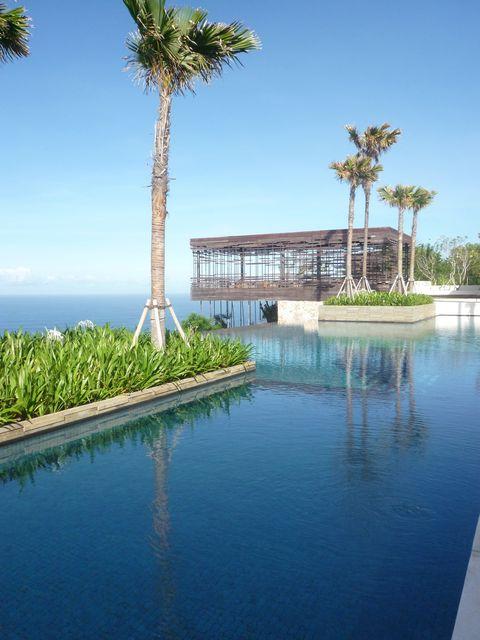 Alila Villa swimming pool, Uluwatu, Uluwatu, Indonesia.