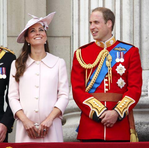 Uniform, Tradition, Event, Monarchy, Costume, Gesture,