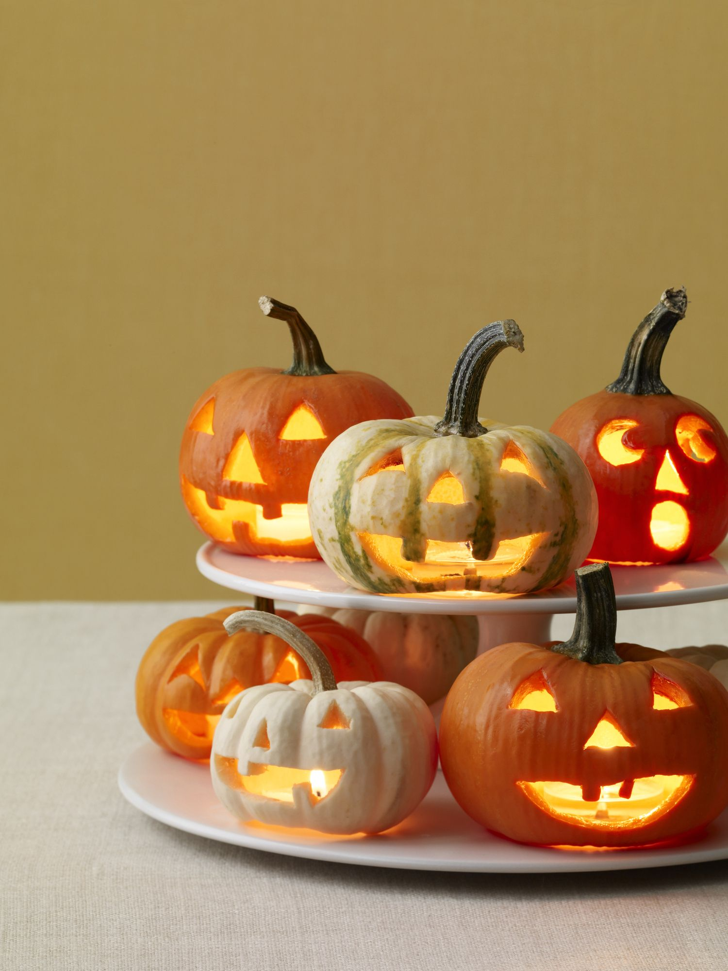 10 Cool Pumpkin Carving Ideas for Halloween 2017 , Easy Ways