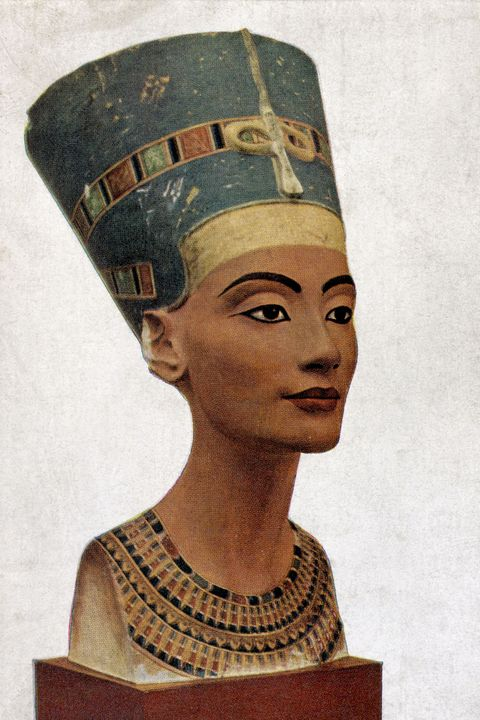 Queen Nefertiti of Egypt - portrait - of bust by Thutmis 1360 BC