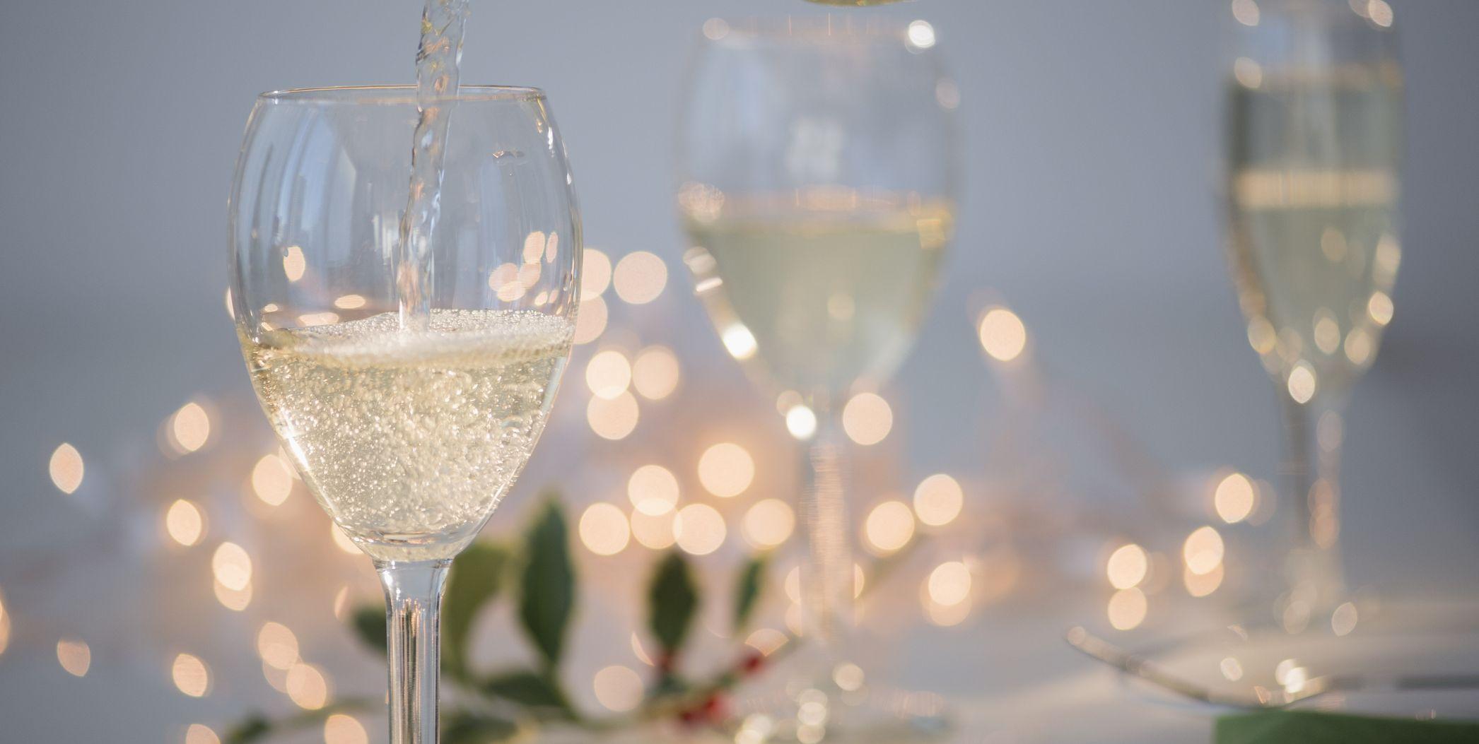 9 Glasses That'll Make Your Wine Taste Better