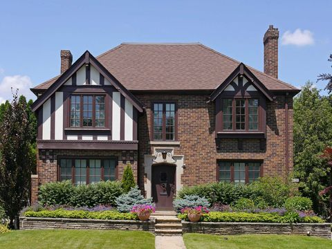 What is a tudor style house the characteristics of a - What makes a house a tudor ...